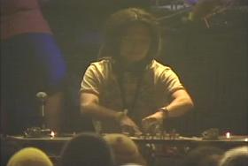 Fuji Rock Festival 初参加の時の映像がDVDに収録されています