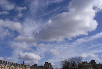 Cloud in Paris